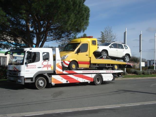 Véhicule de dépannage de SAFRA Automobile à Albi