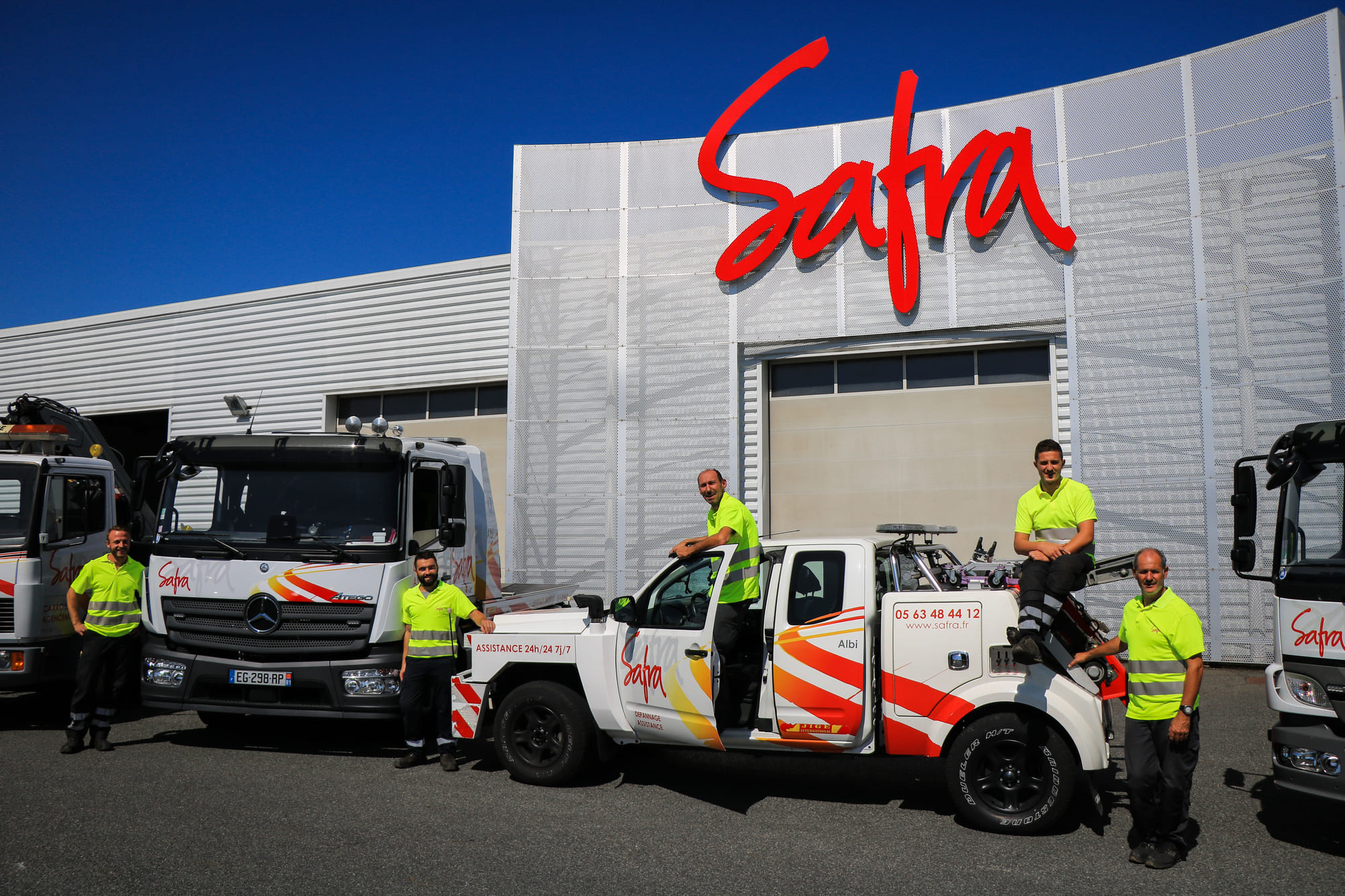 Equipe de dépanneurs du service de dépannage de SAFRA Automobile à Albi